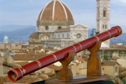 Primul telescop a fost construit în 1609 de către Galileo